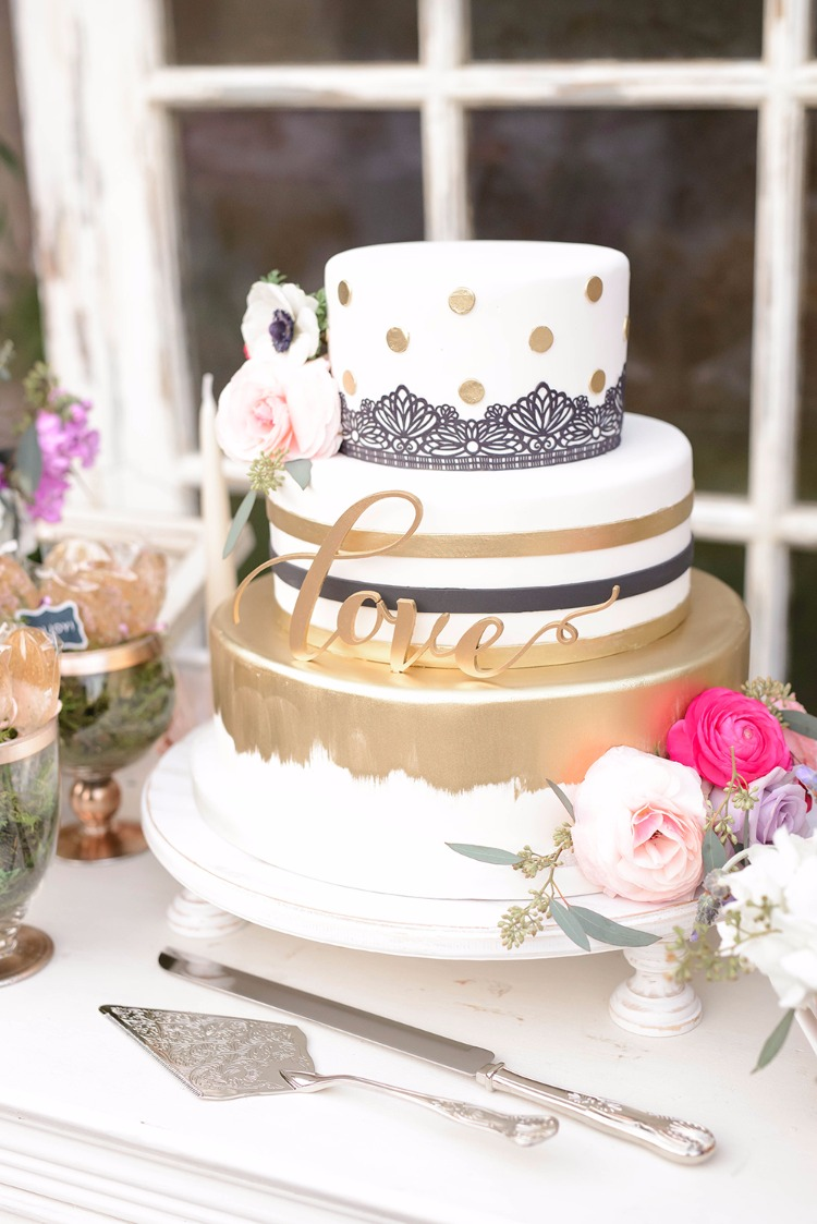 How To Have A Mad Hatter Wedding Without Going Crazy!