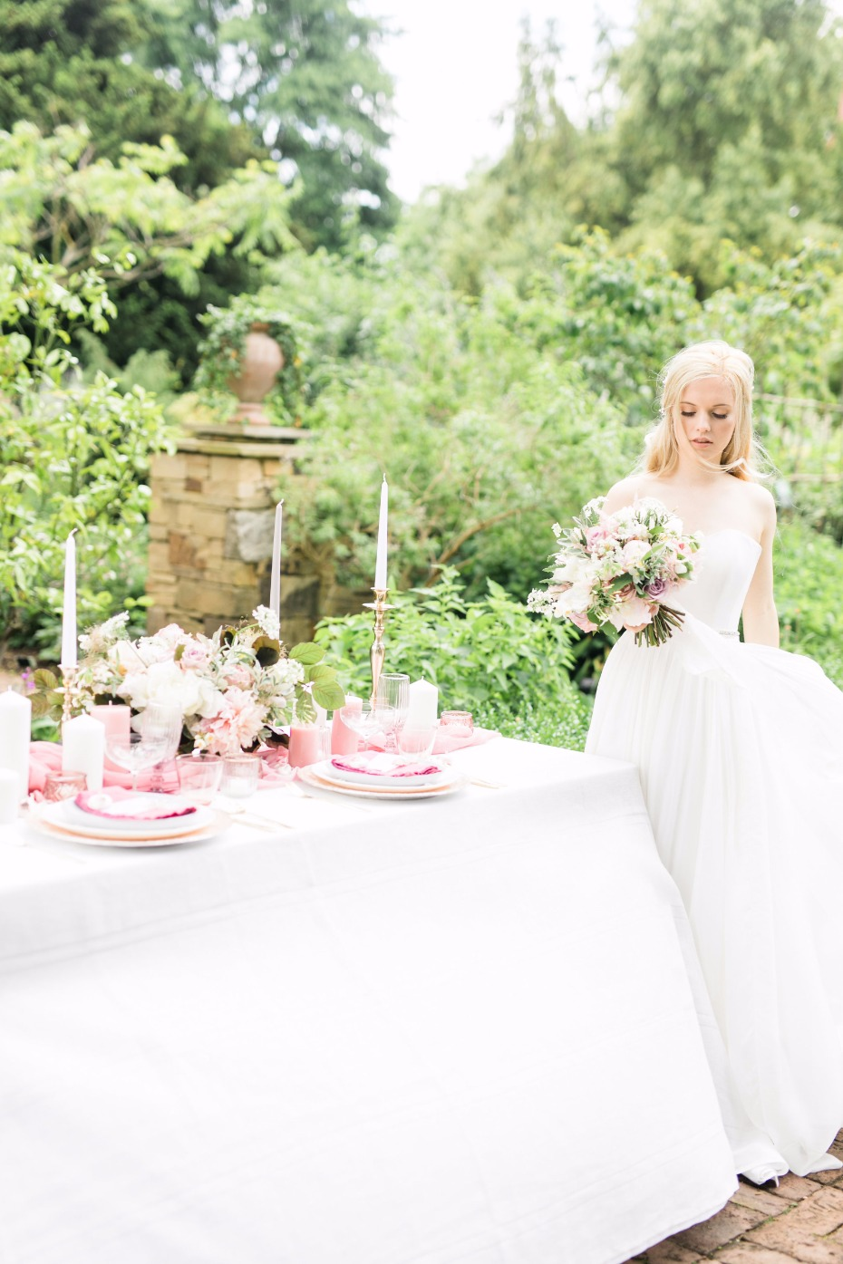 Who's dreaming of a garden wedding?