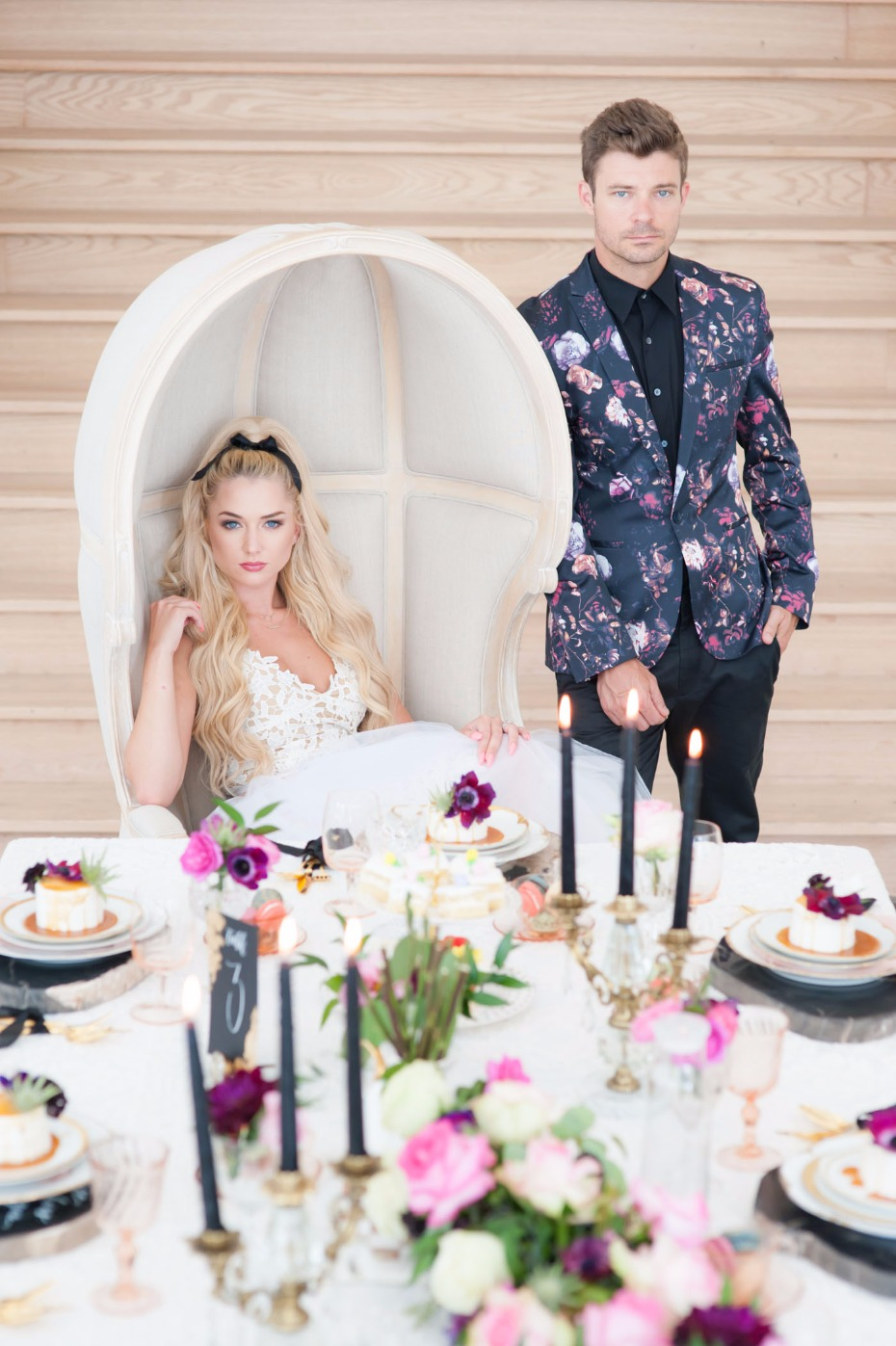 Edgy Alice in Wonderland wedding