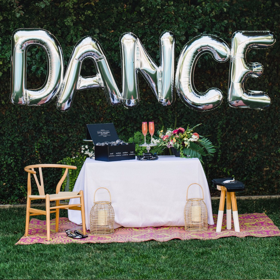 how to create a DANCE table for your wedding