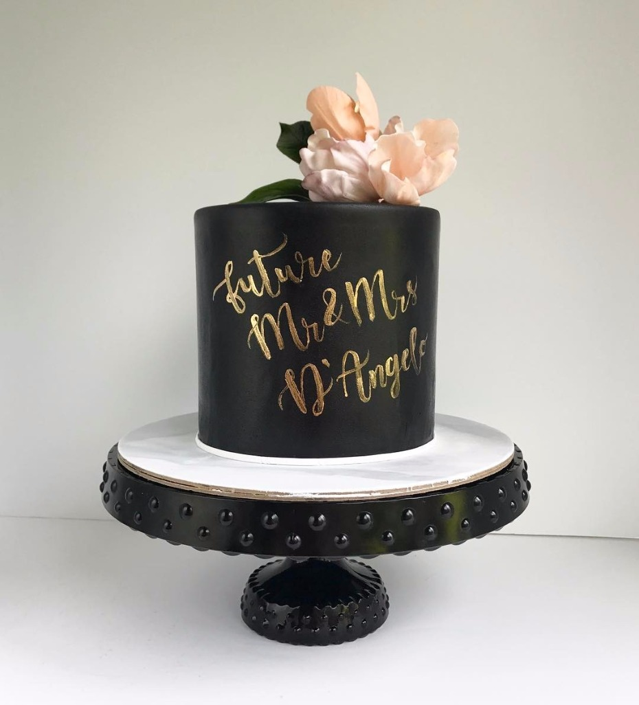 Blog 12 Black Wedding Cakes You Need To See Right Now