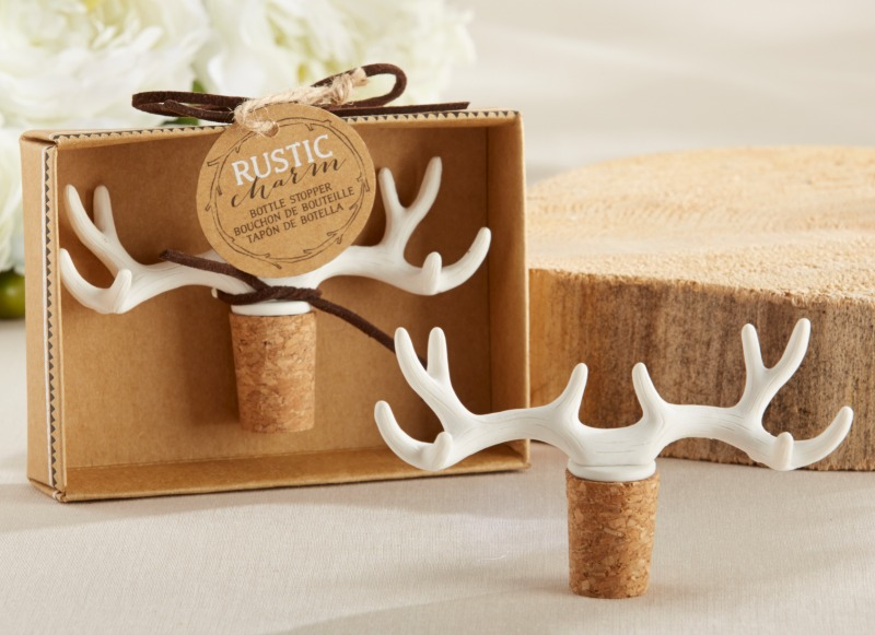 🍾 Place these Rustic Charm Antler Bottle Stoppers at table settings for a rustic touch, then send them home with your guests as