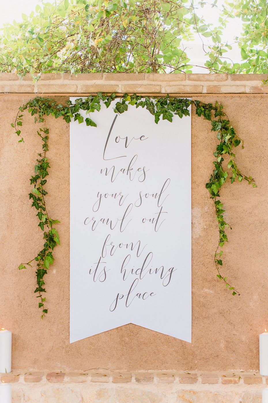 Gorgeous ceremony backdrop idea
