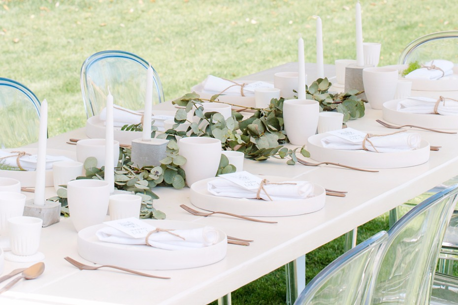 White and green modern wedding