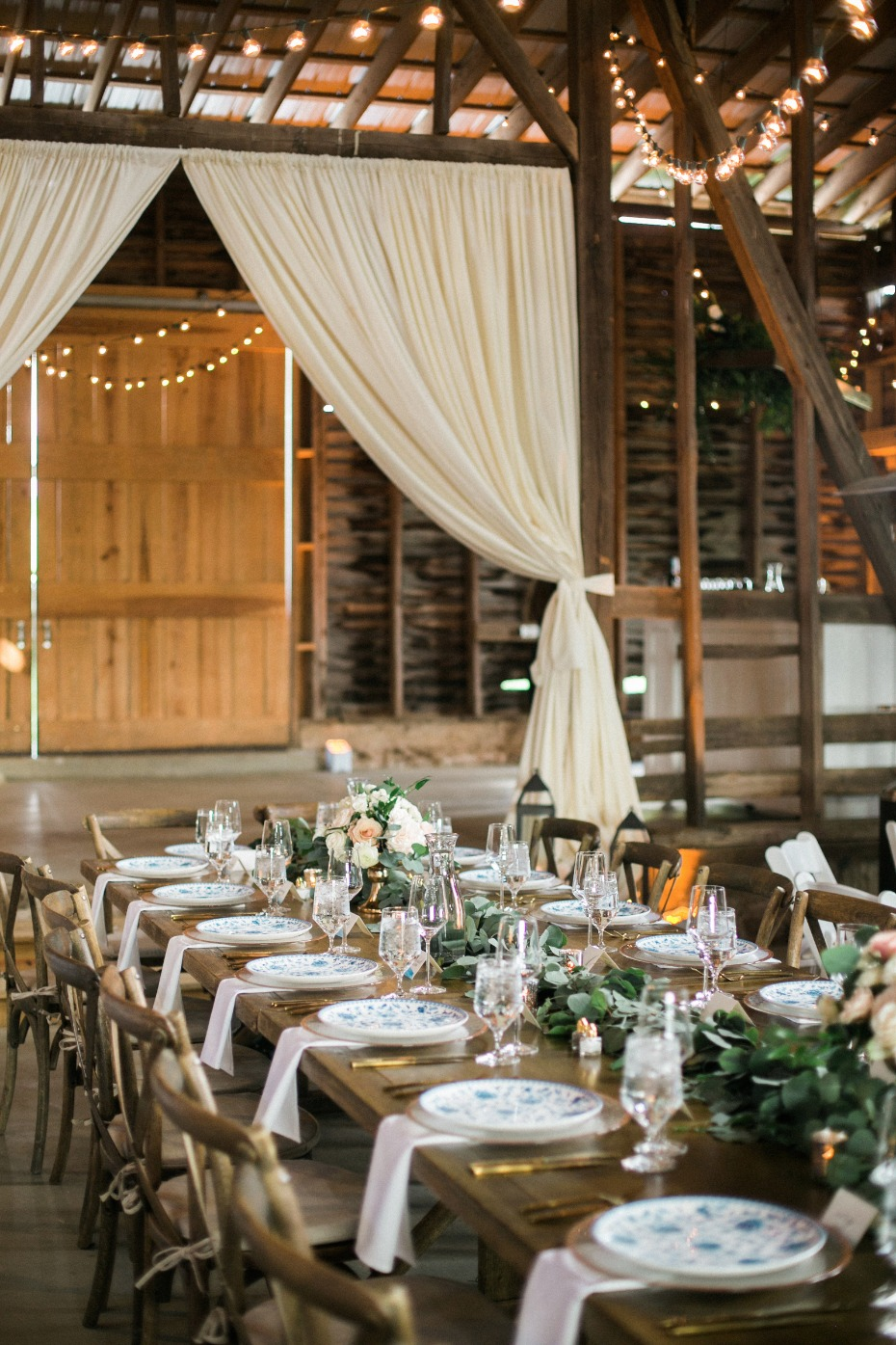 rustic chic wedding reception in a barn