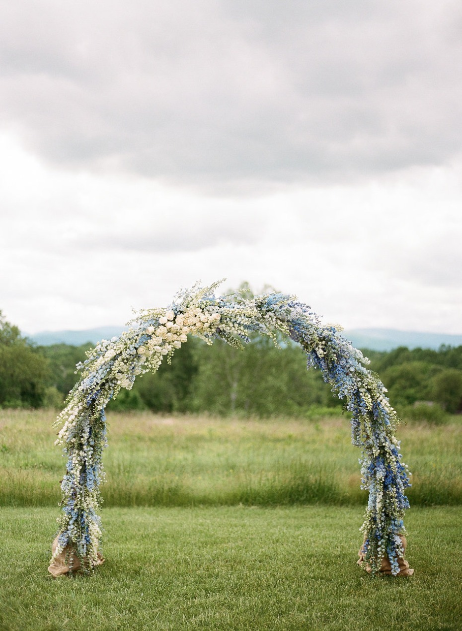 blue and white wedding arch