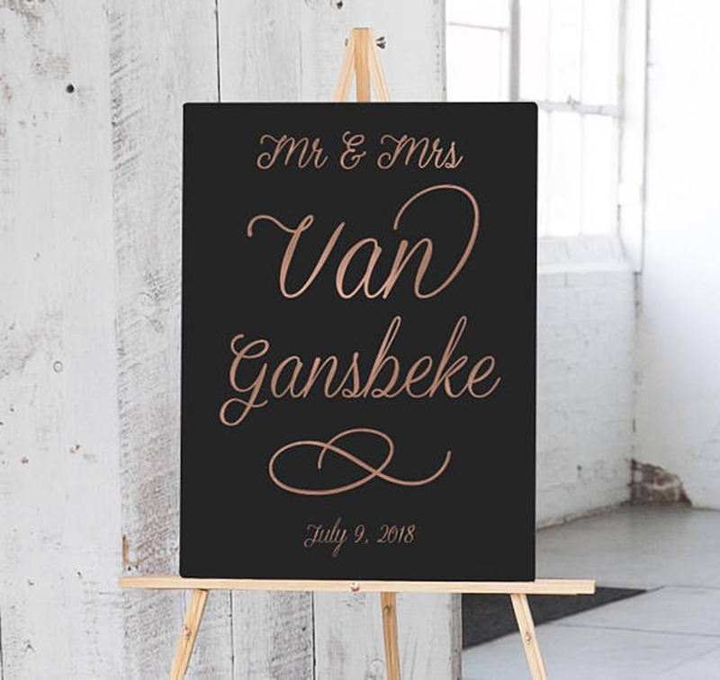 Miss Design Berry's welcome wedding sign features elegant type on a colored background for a simple yet chic look.