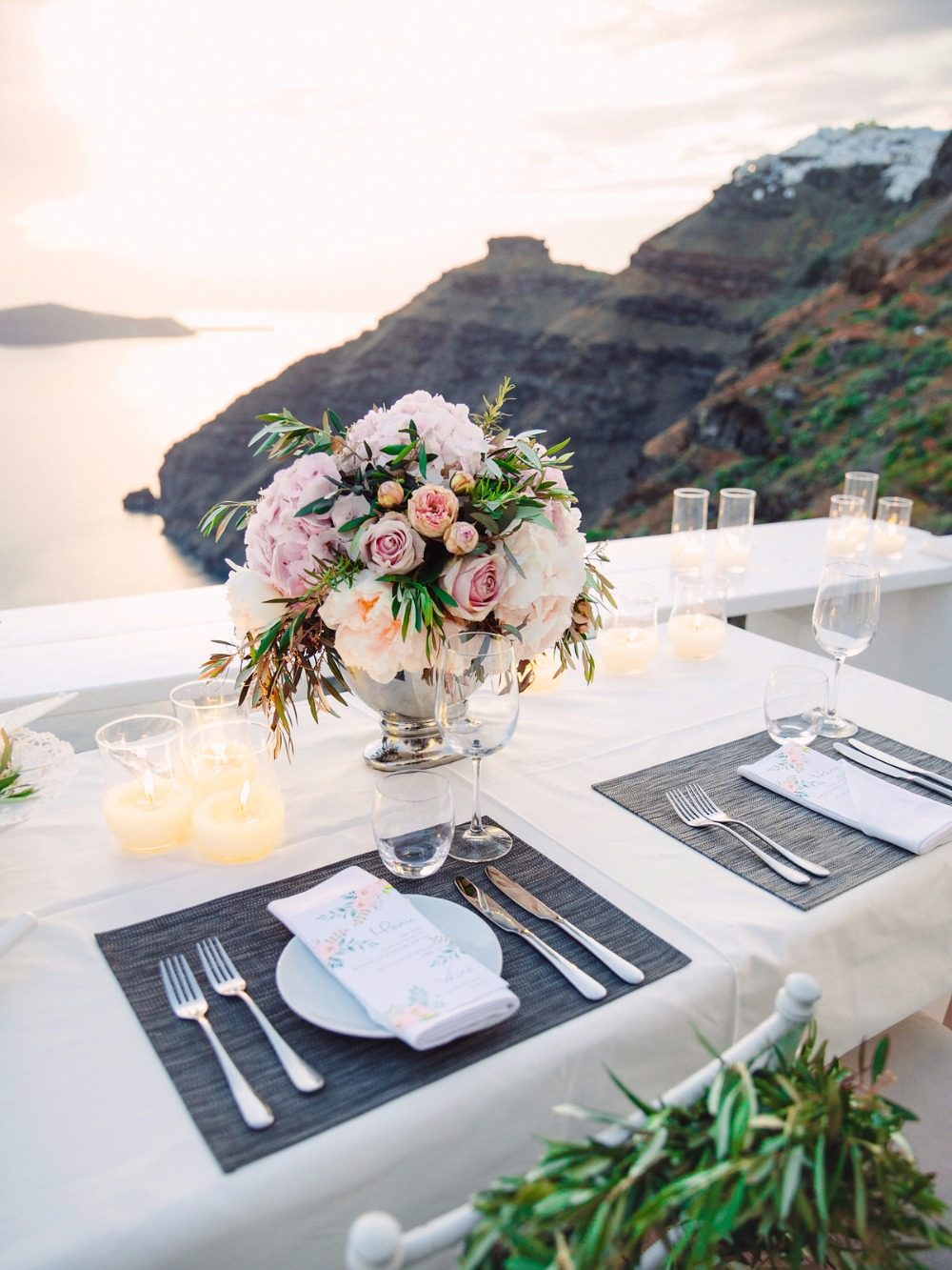 Sweetheart table for two with a view