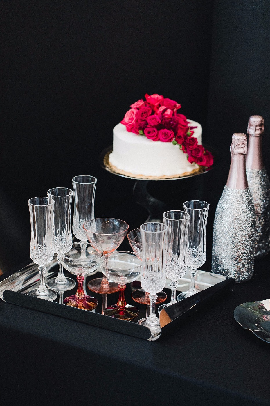tray with Champagne flutes on it