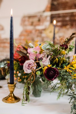 A Fantastic Beasts Wedding Inspiration with a Hint of Magic
