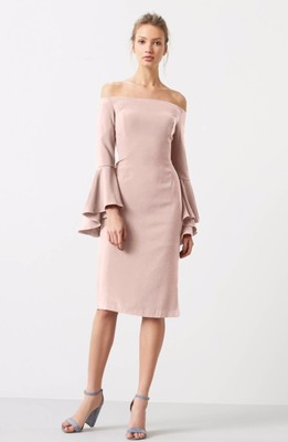 20 Stylish Dresses to Wear to a Fall Wedding