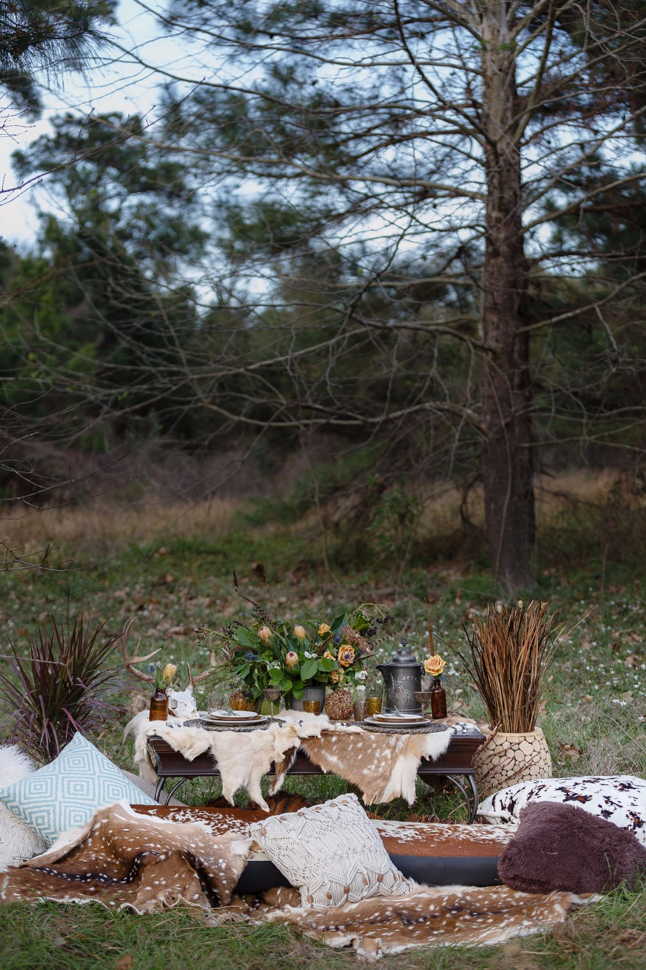 natural rustic wedding table