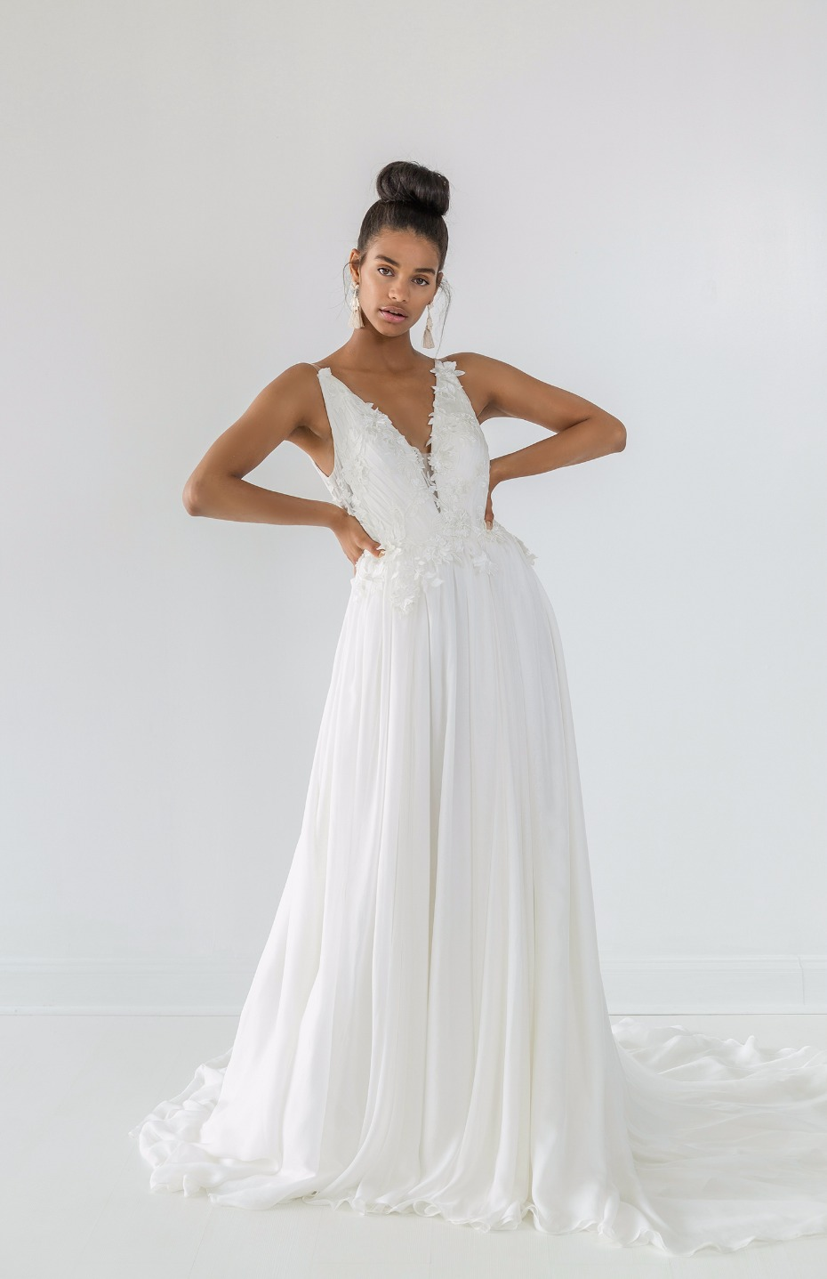 Ivy & Aster Fall 2018 Bridal Collection Yvonne