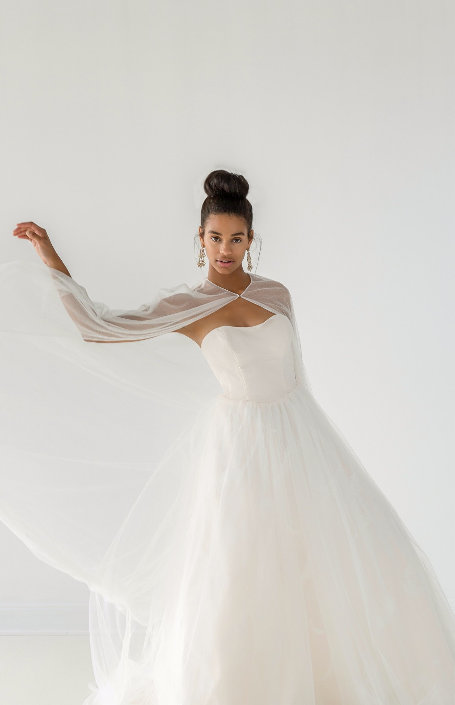Ivy & Aster Fall 2018 Bridal Collection Twirl Cape