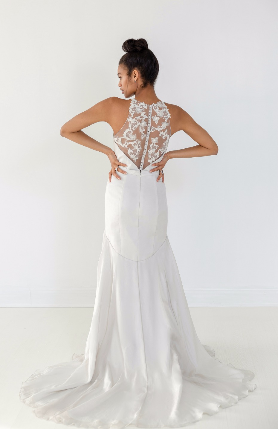 Ivy & Aster Fall 2018 Bridal Collection Maya