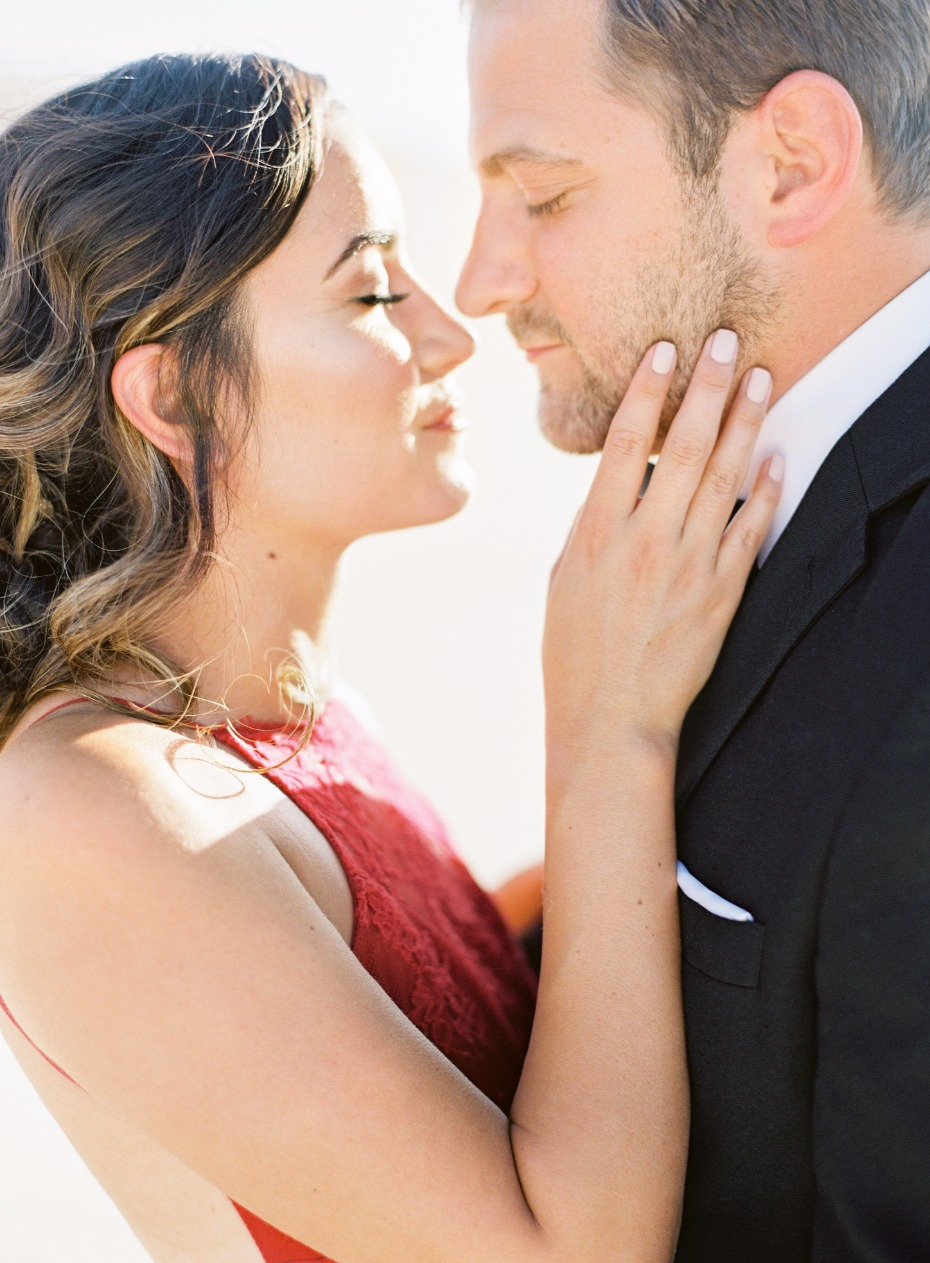 glam engagement shoot photo ideas