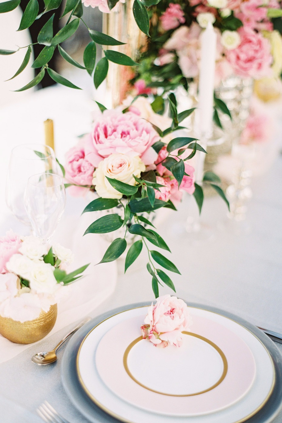 pink and gold modern wedding table