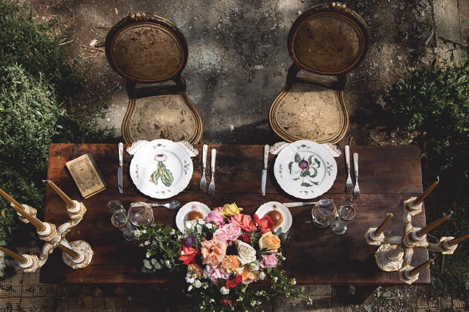 Vintage sweetheart table decor