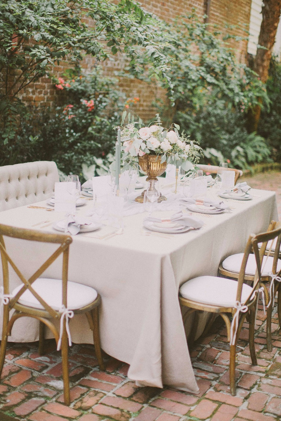 outdoor reception in southern style garden