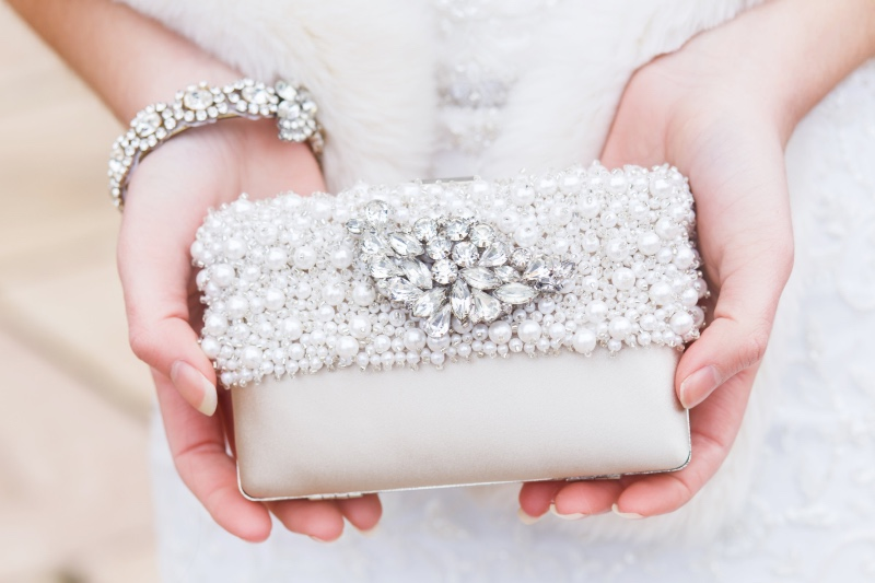 Find your perfect Couture bridal clutch at Cloe Noel Designs.