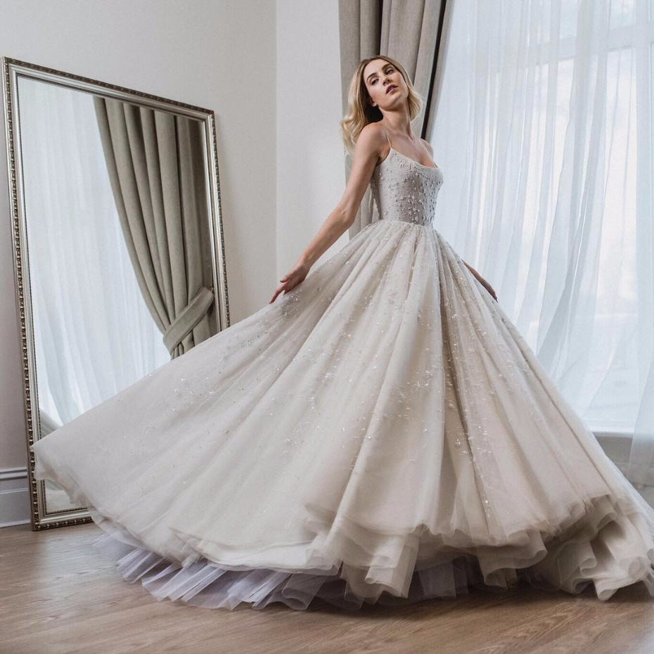 Cinderella Inspired Disney Wedding Dress By Paolo Sebastian: Sparkle Wedding Dress Princess Style At Reisefeber.org
