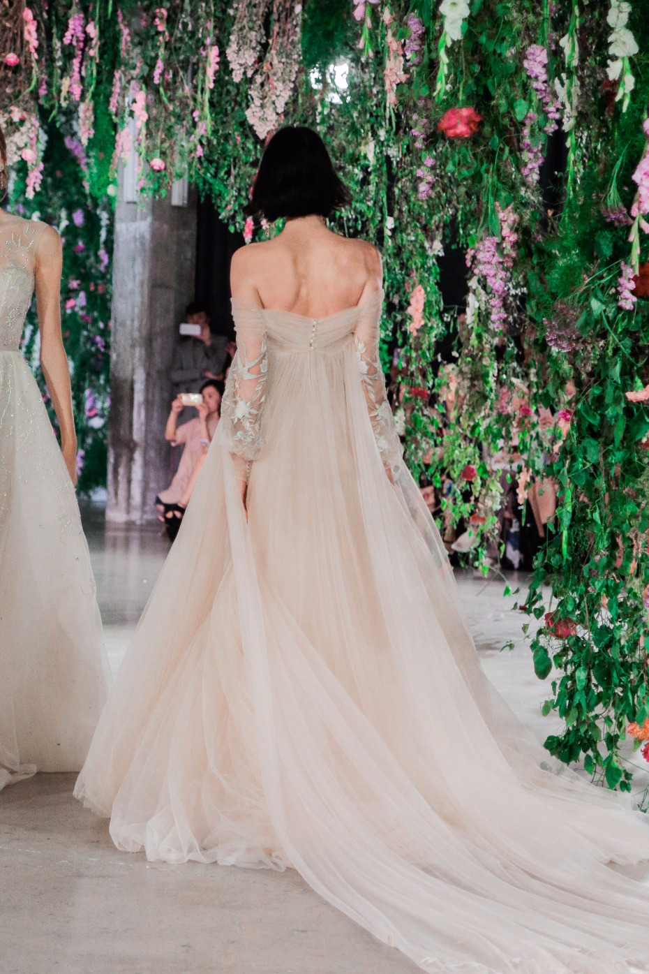magnolia from Galia Lahav