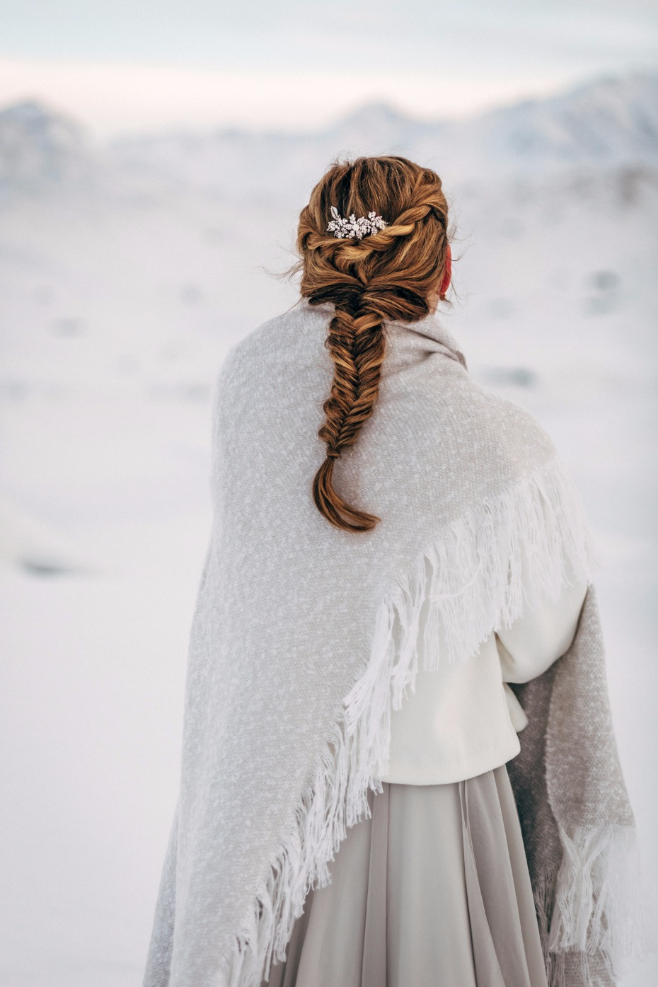 fishtail braid wedding hair for your winter wedding
