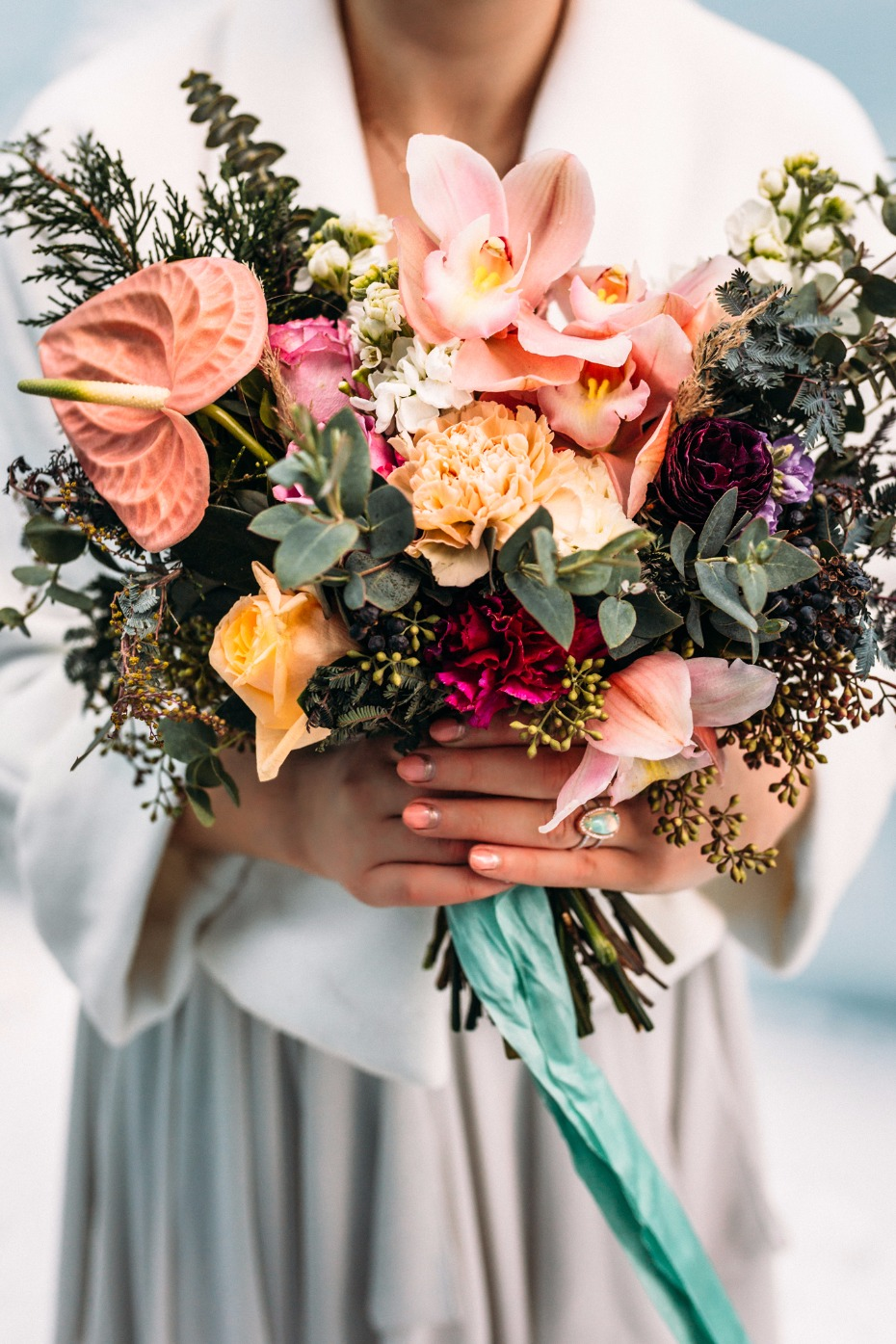 bright and cheery tropical wedding flowers for your winter wedding