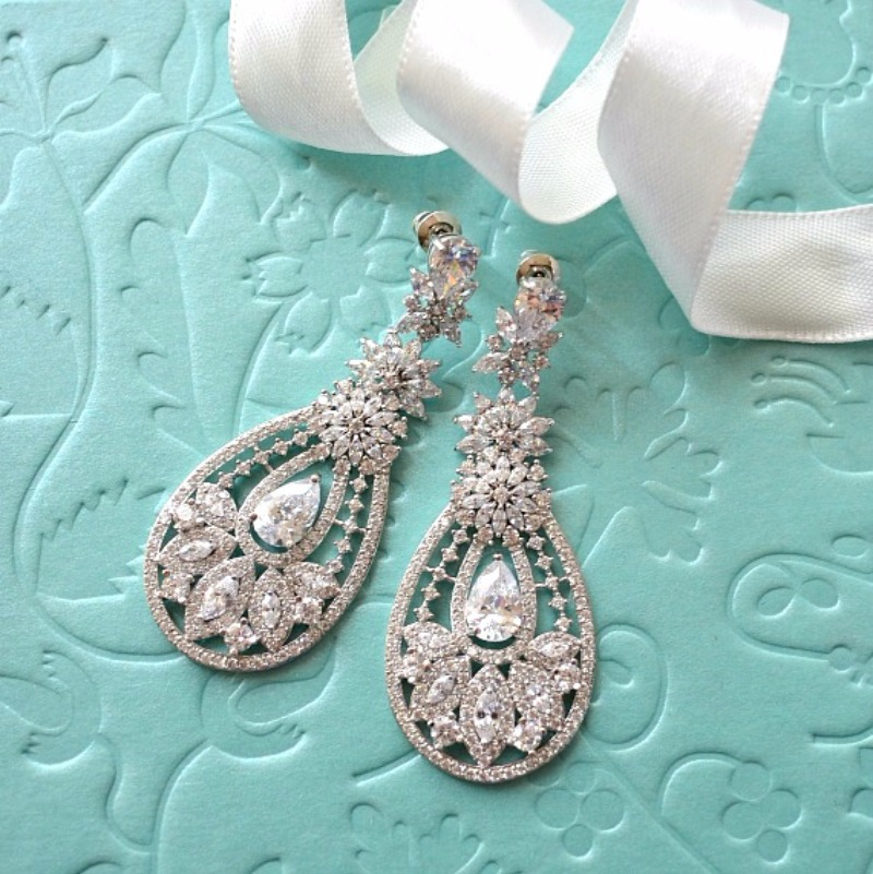 These dramatic and magnificent earrings will surely lend an air of profound elegance to your wedding gown.
