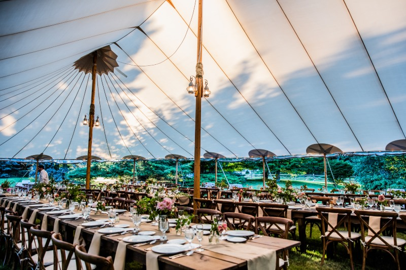 Tented wedding perfection. Photography: Jianca Lazarus | Tent: Sperry Tents | Rentals: Rustic Drift | Florals: Saipua