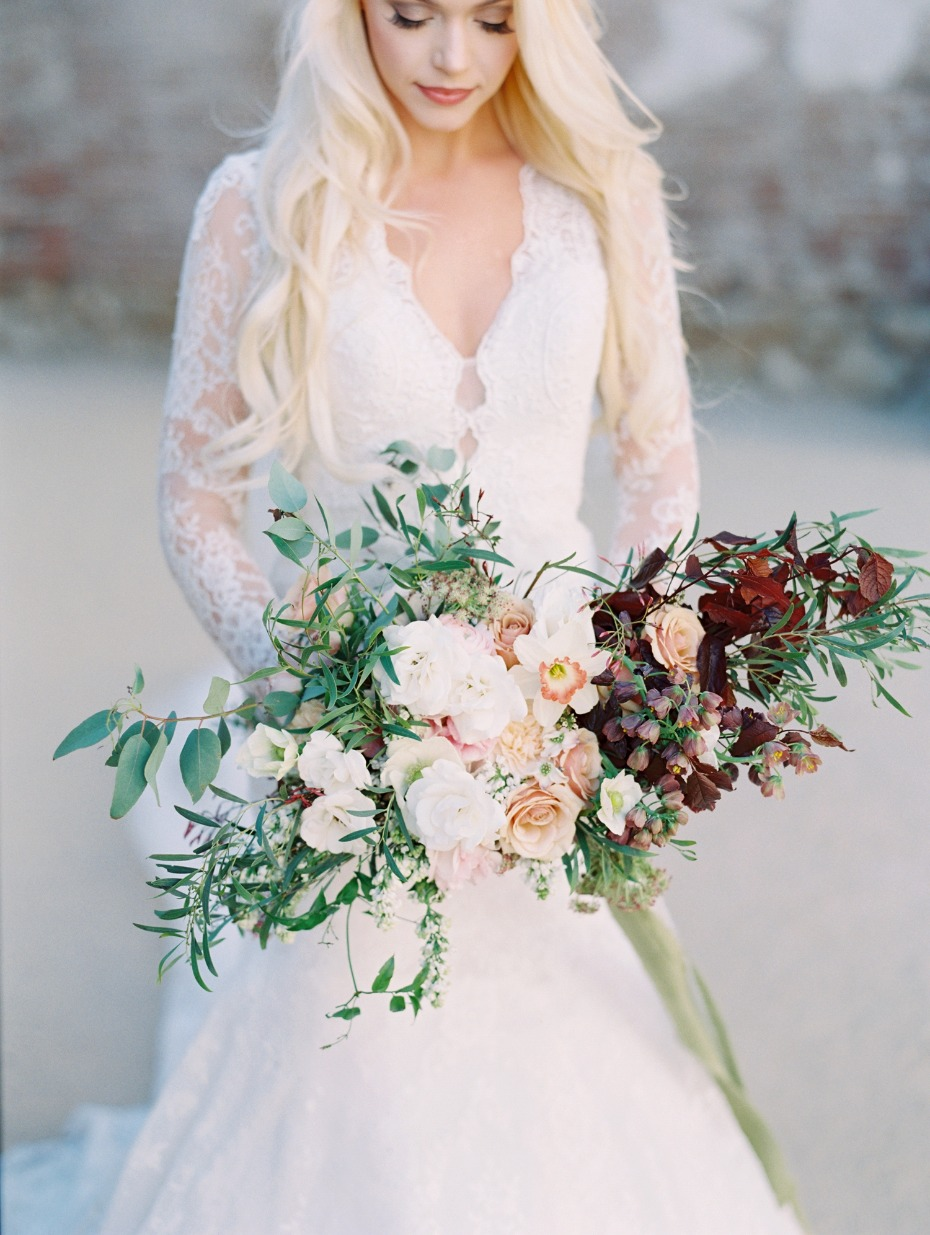 Insanely beautiful florals by Finding Flora + Dress by Allure bridals