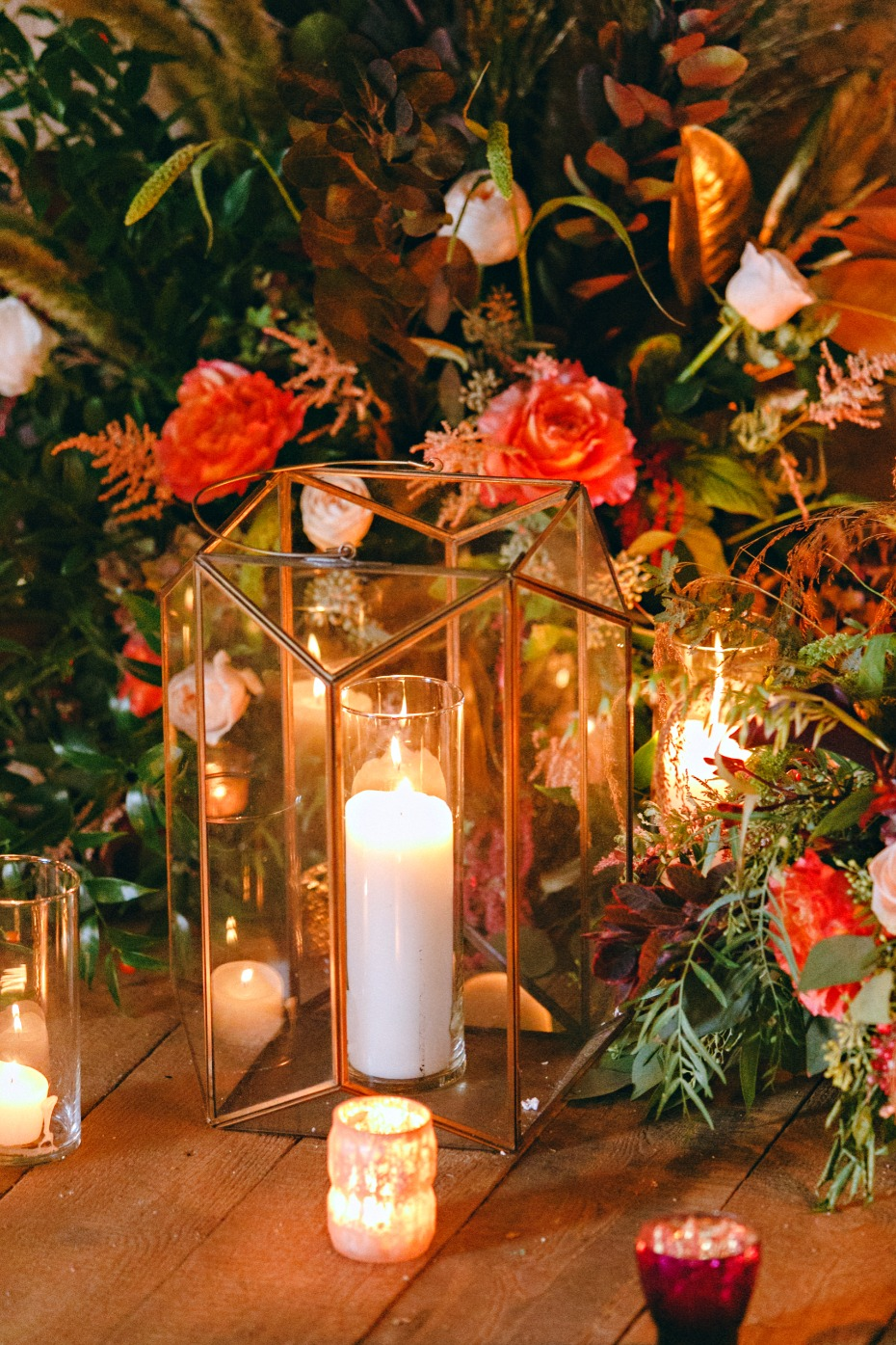 glowing candles fall wedding decor
