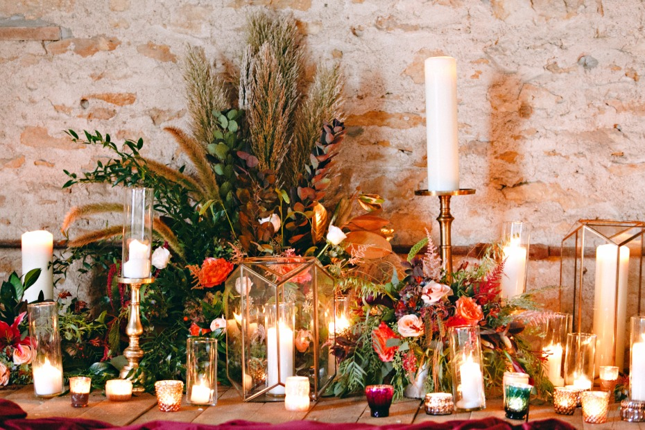 organic and glamorous candle lit fall wedding decor