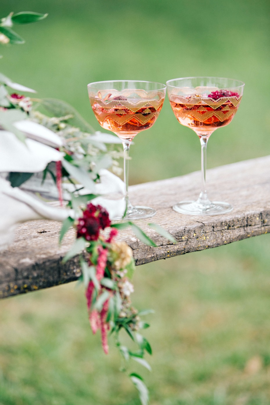 wedding cocktails for your rustic modern fall wedding