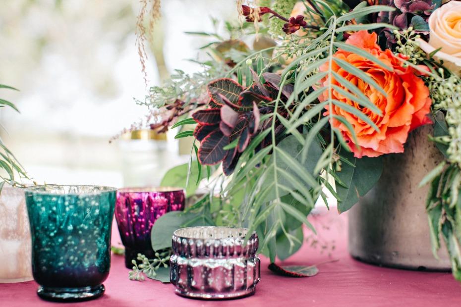 jewel tone wedding table accents