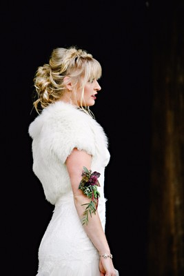 How To Have A Moody Modern + Rustic Fall Wedding Day