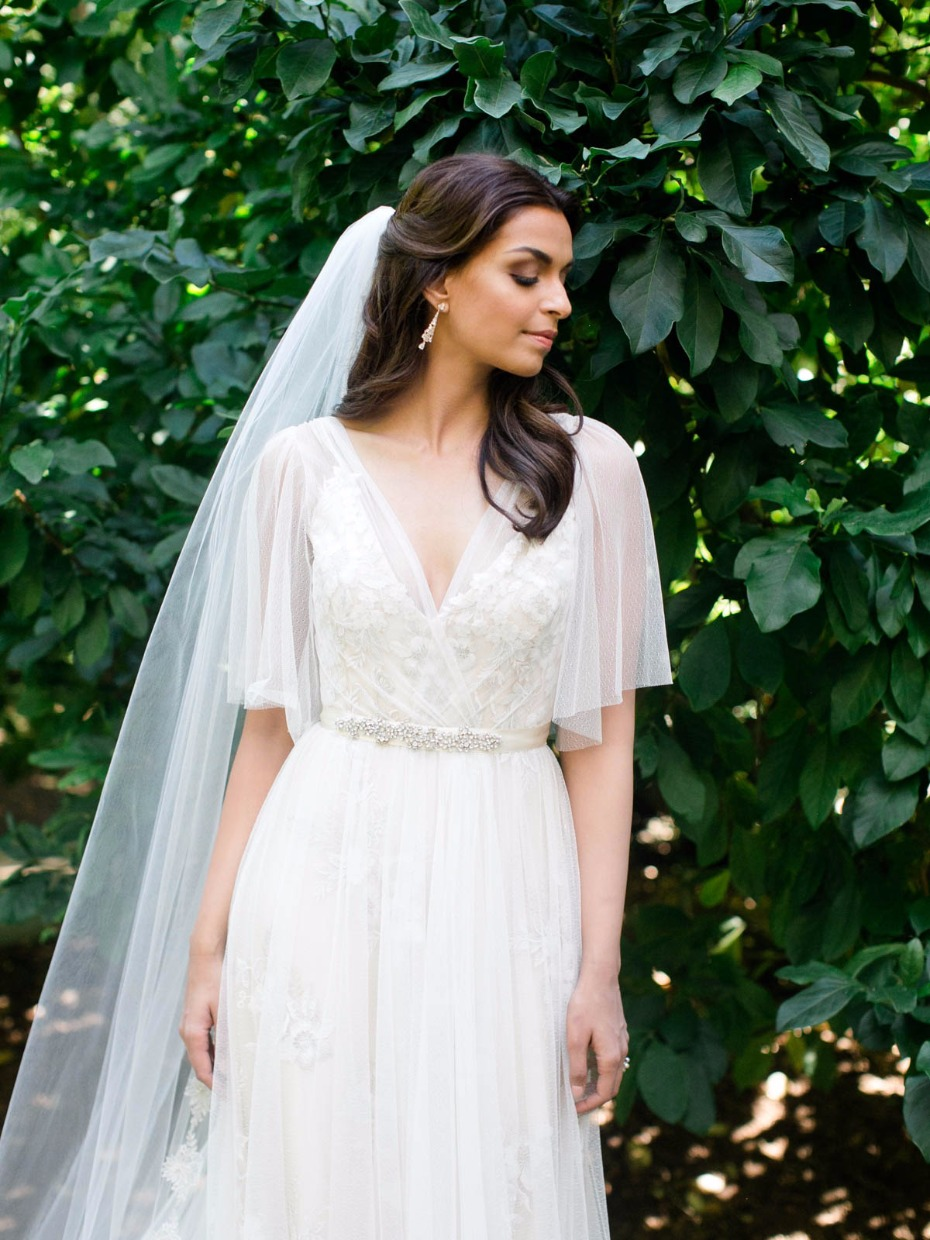 Elegant and sophisticated gown from Rebecca Schoneveld