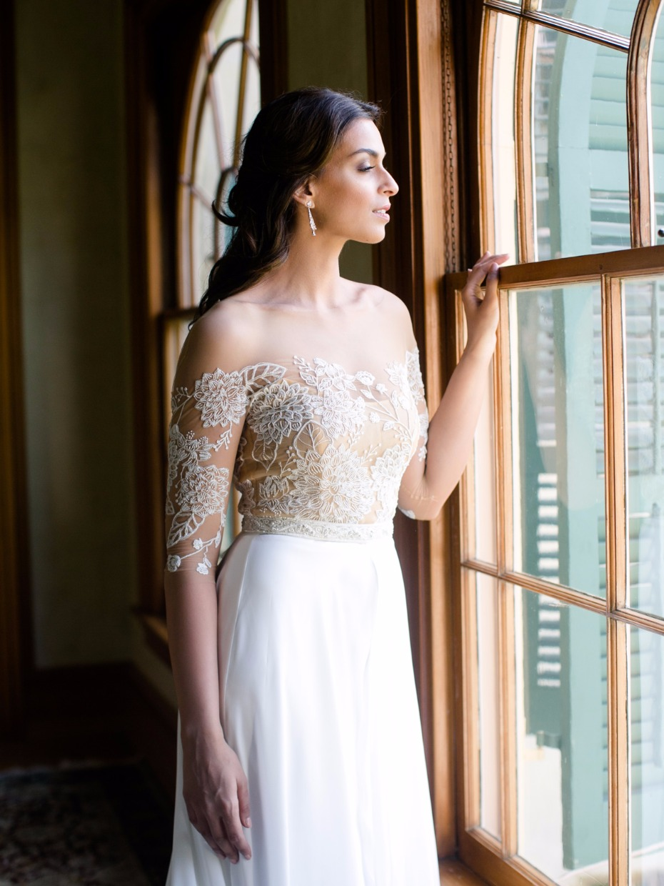 Beautiful off-shoulder gown from Rebecca Schoneveld