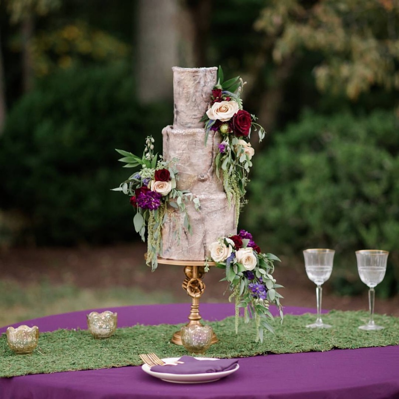 Antique gold and fall colors for a woodland wedding! Cake Stand created by Opulent Treasures.