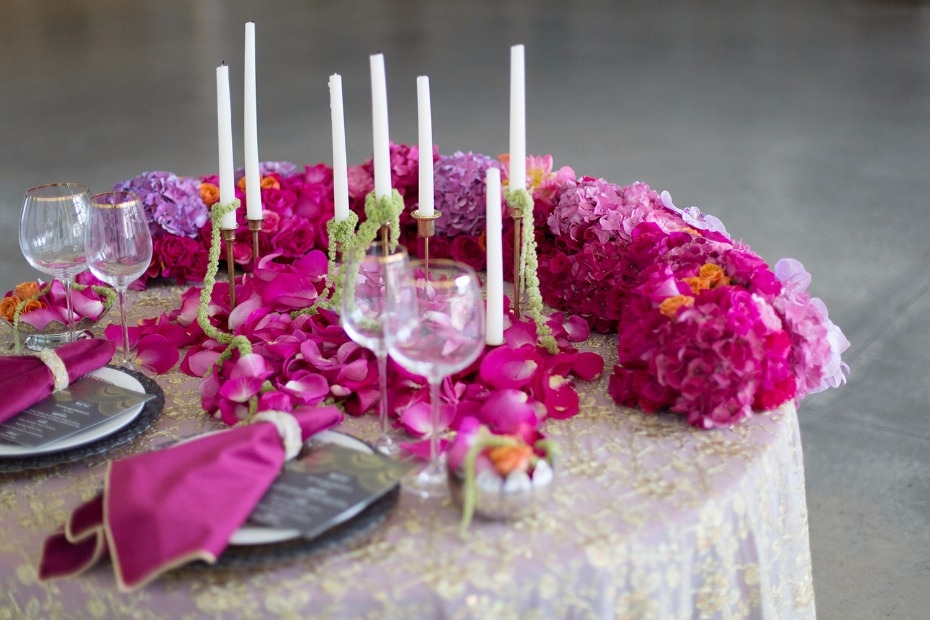 Vibrant sweetheart table decor