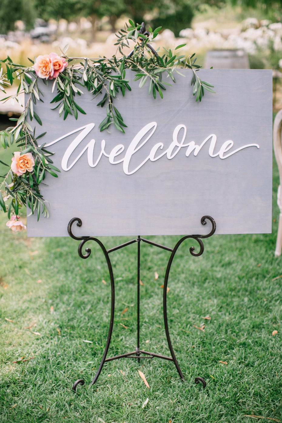 Modern welcome wedding sign