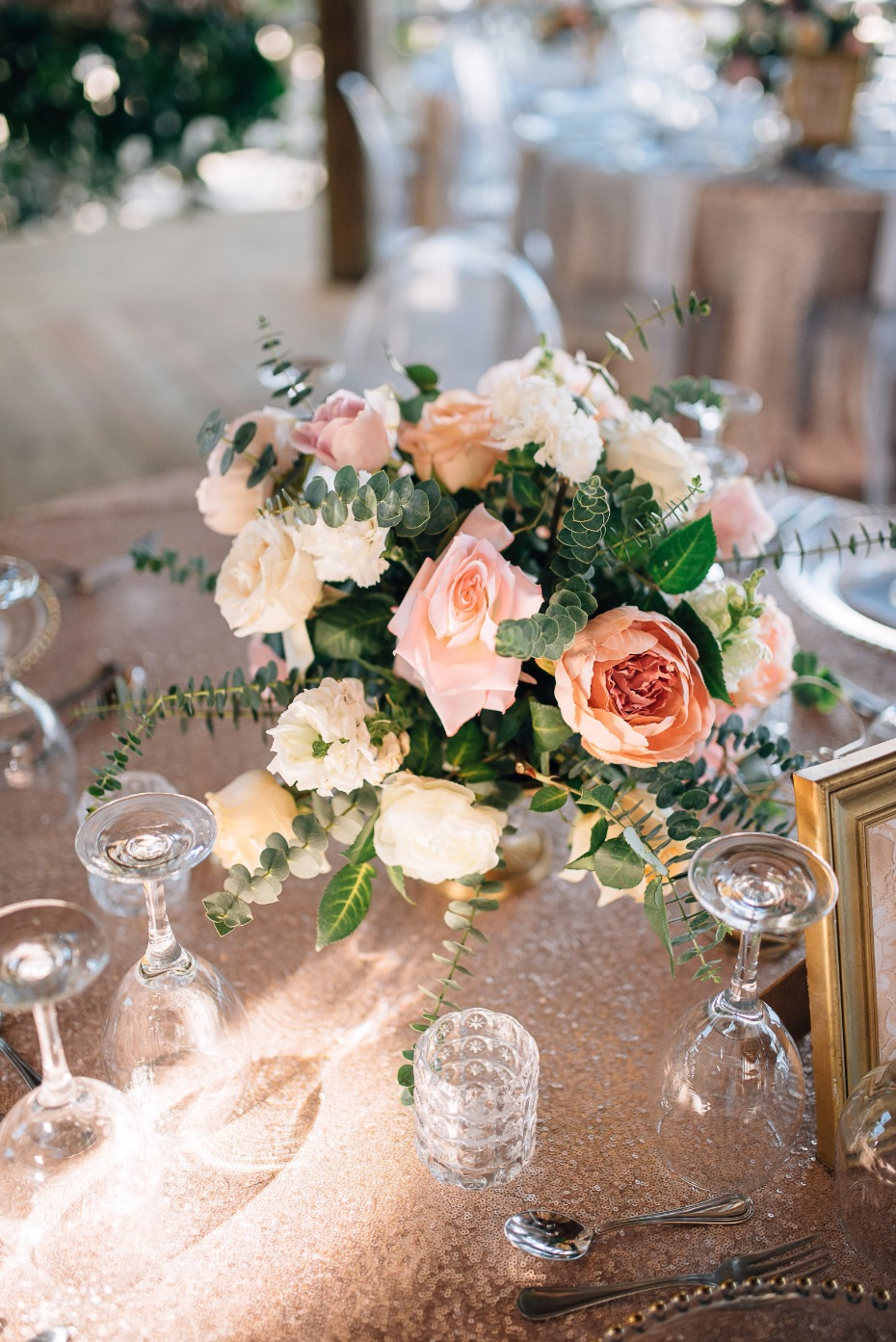 elegant wedding flowers for your table centerpieces
