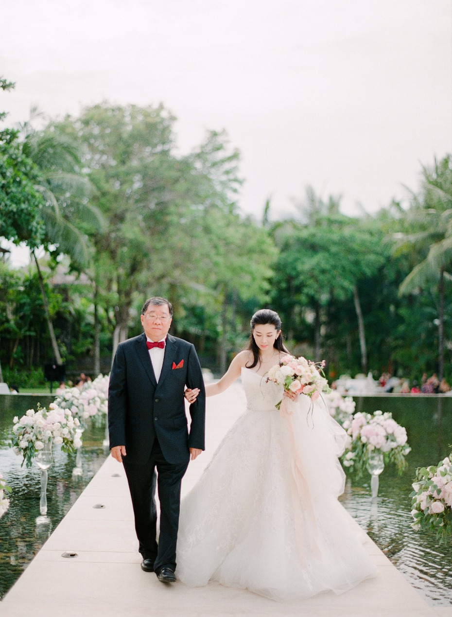 here comes the bride and her father