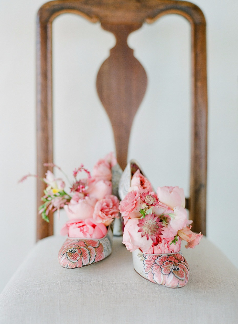 flower shoes and floral inserts