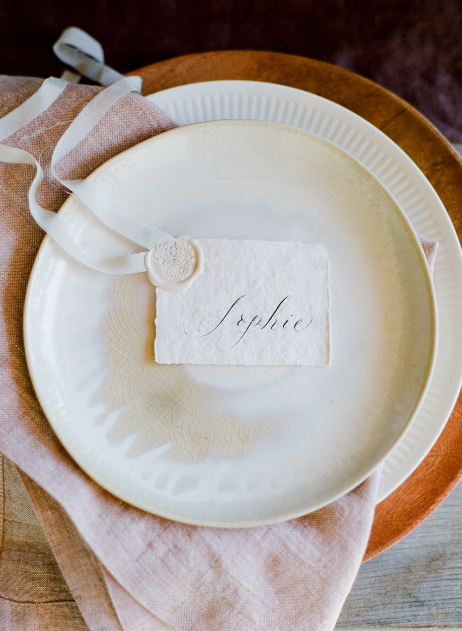 minimalist beautiful blush place setting