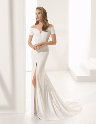10 Wedding Dresses I want on my Body Right Now
