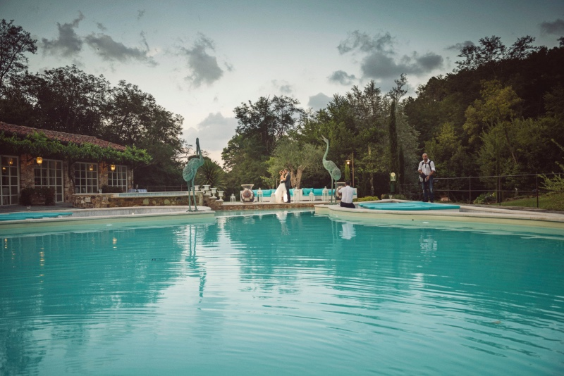 Covering an impressive area of over 50,000 square meters, the warmth of the Valle di Badia grounds is the ideal place to be surrounded