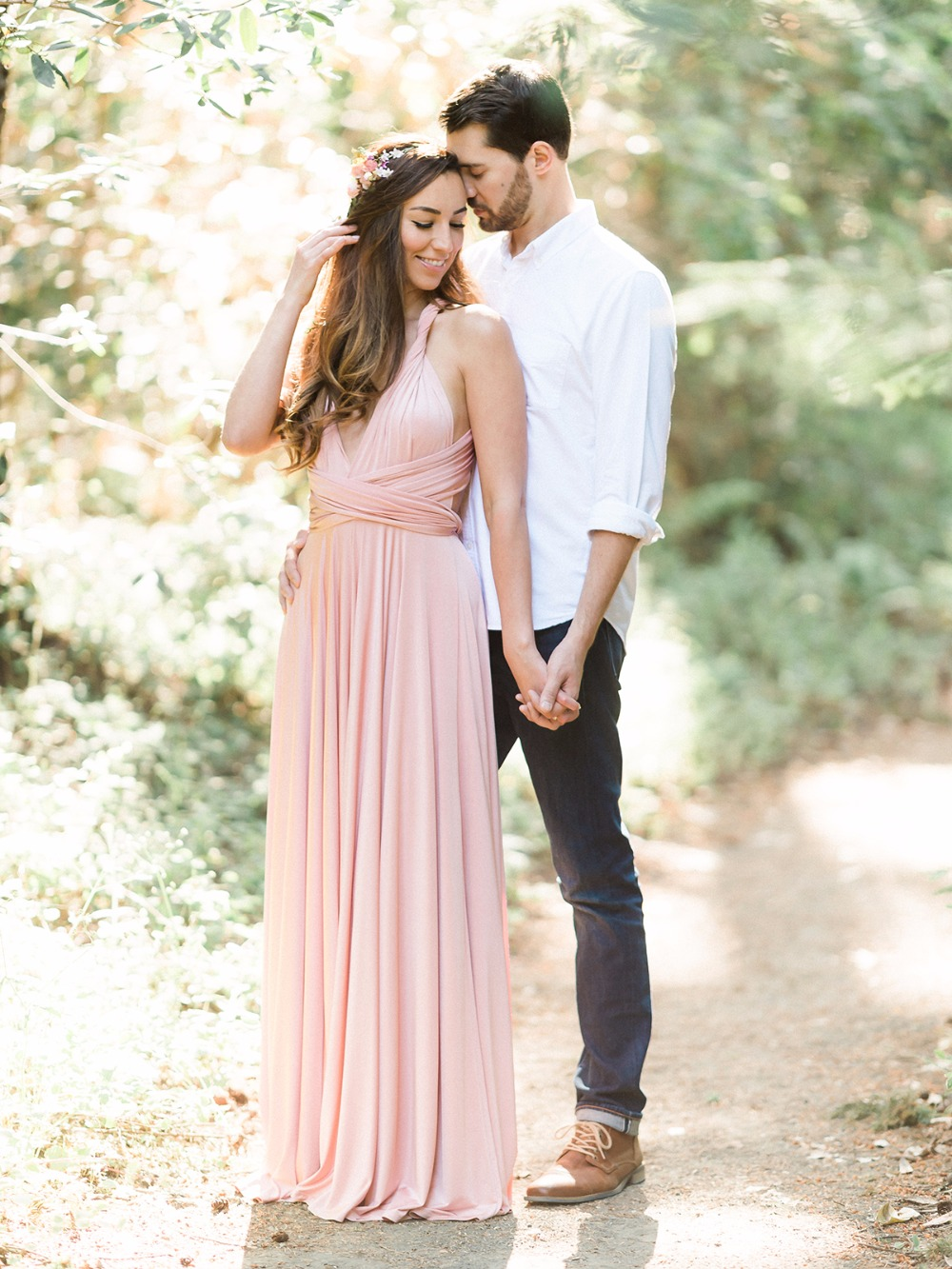 77 93 5 Engagement Session Outfit Ideas