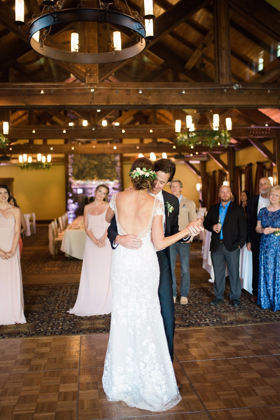 First dance romance for this Canadian Rockies wedding