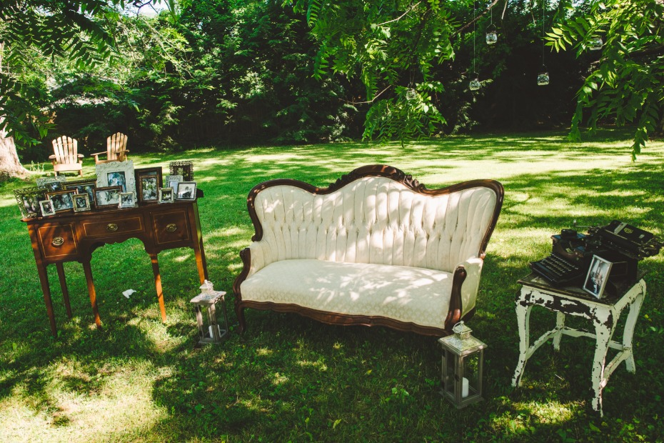 vintage wedding lounge for your wedding day